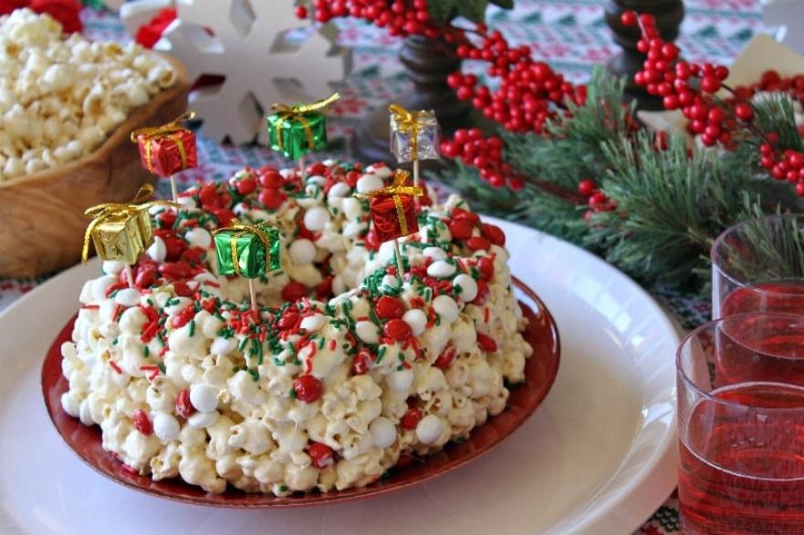 Dinner and a movie Elf popcorn cake