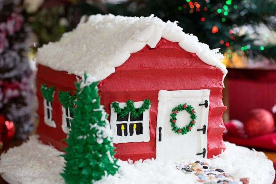 Dinner and a movie Elf Santa Cake House