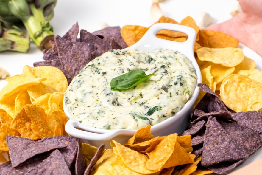Truly unique football party ideas spinach and artichoke dip