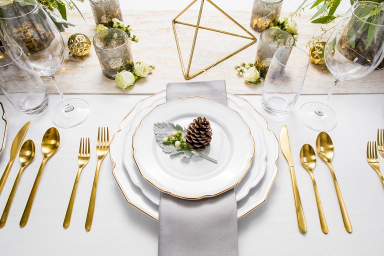 5D4B3821 - Tablescapes - Christmas-featured-photo