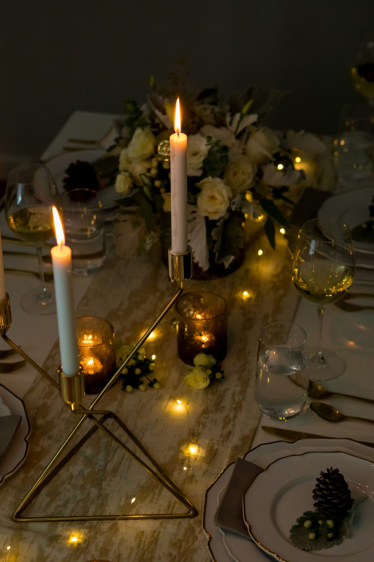5D4B3916 - Tablescapes - Christmas-candles