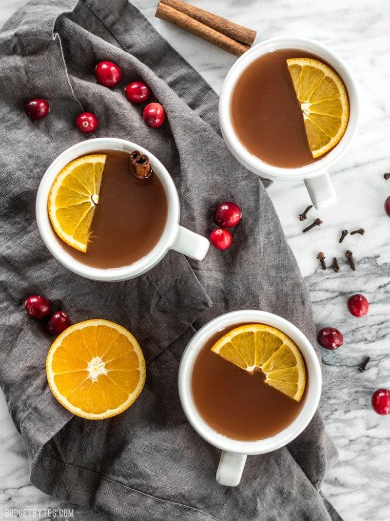 Slow-Cooker-Spiced-Cranberry-Cider
