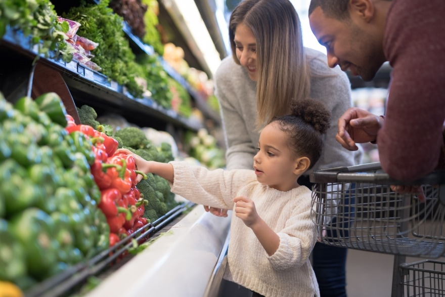 New family rules to make in 2019 child grocery shopping