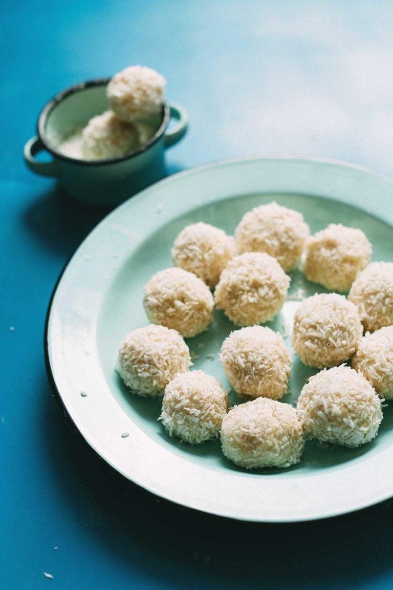 5-Ingredient-VEGAN-White-Chocolate-Truffles