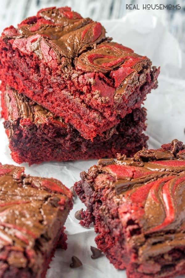 Swirled-Red-Velvet-Brownies