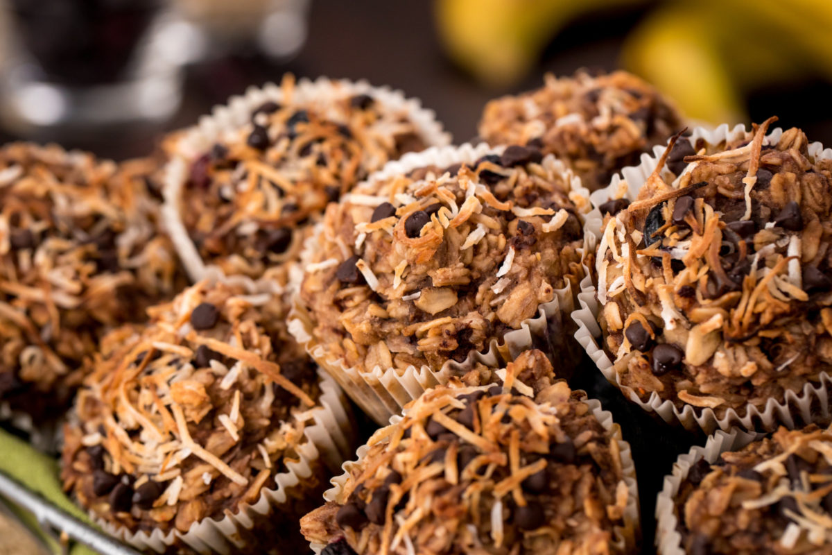 5D4B7814 - What The Fudge - Katie Higgins - Oatmeal Cupcakes To Go - HIGH RES