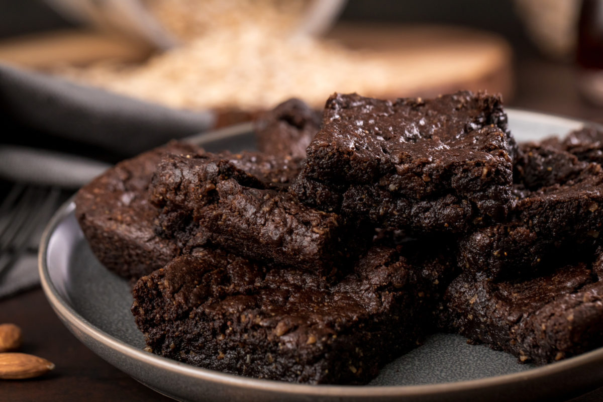 5D4B8706 - The Fudge - Katie Higgins - Almond Butter Brownies - HIGH RES