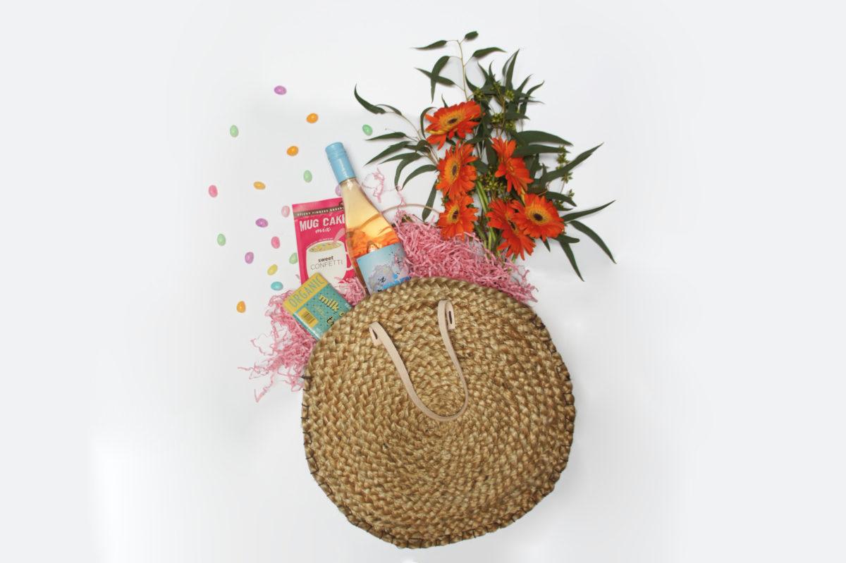 DIY straw easter basket & spring time purse
