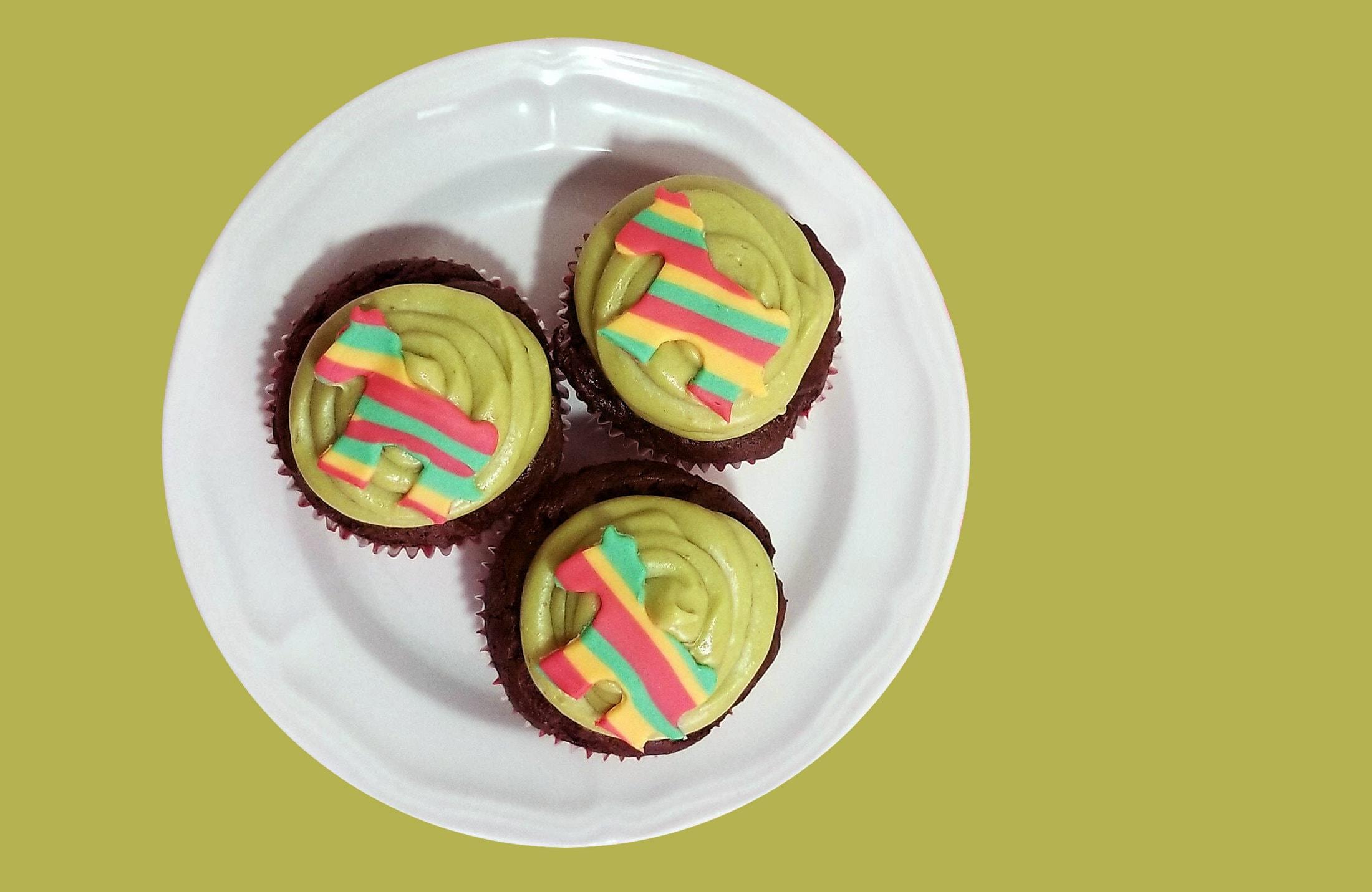 Green cupcakes (1)