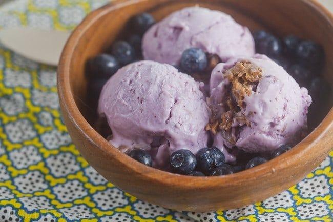 blueberry-cheesecake-frozen-yogurt-2