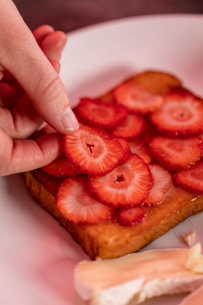 strawberry and champagne grilled cheese layering
